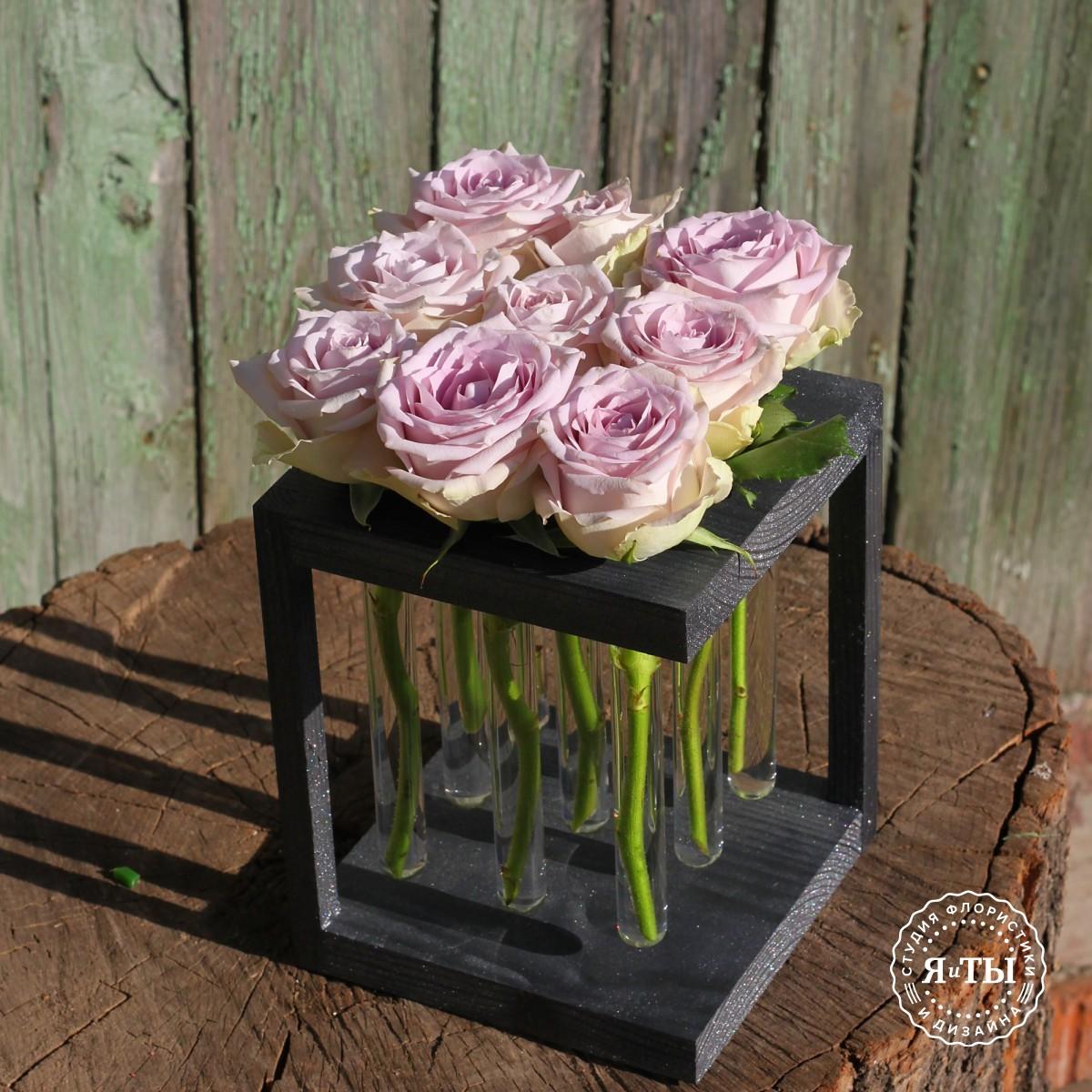 Розы в колбах (9 штук)